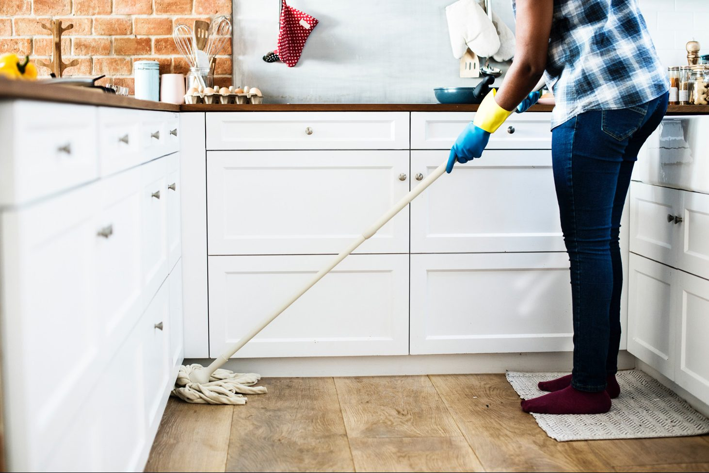 chores-cleaning-contemporary-1321730